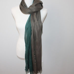 3 toned scarf